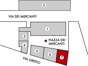 Milano | Piazza dei Mercanti | Portico della Ferrata