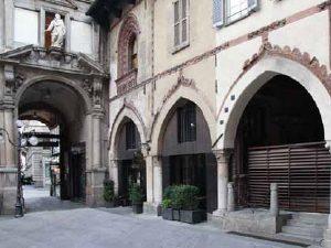 Milano | Piazza dei Mercanti | Ex chiesa di San Michele al Gallo